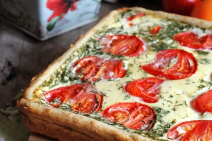 syrno-pomidornyj-pirog