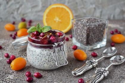 yogurtovyj-puding-s-semenami-chia