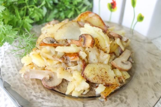zharenyj-kartofel-s-gribami