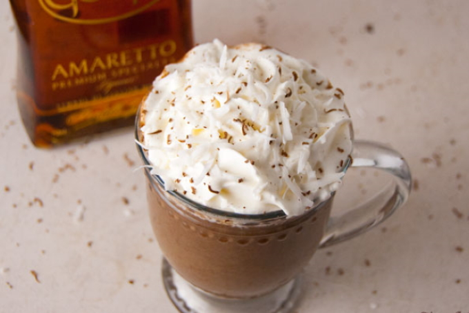 kofe-s-kakao-i-likerom