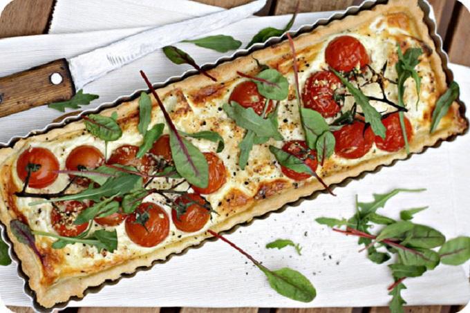 kish-s-tomatami-i-syrom