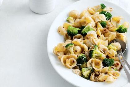 makarony-s-brokkoli-i-anchousami