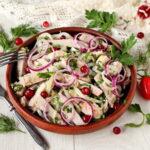 myasnoj-salat-s-lukom