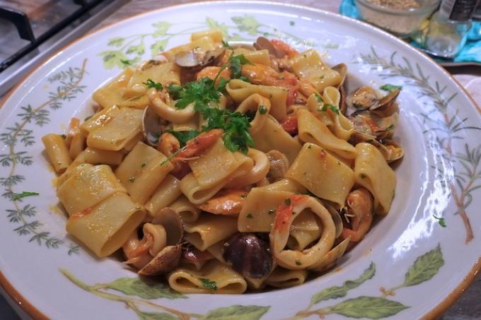 pasta-kalamarata-s-moreproduktami