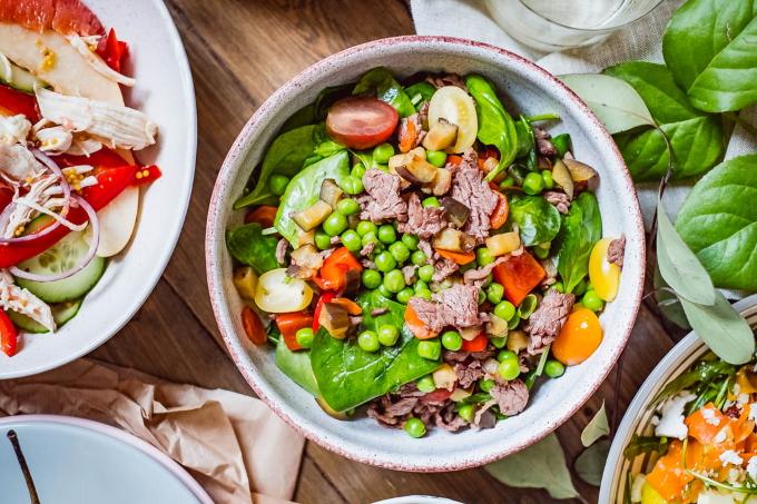 salat-s-govyadinoj-i-baklazhanom
