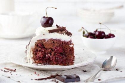shokoladno-vishnevyj-tort