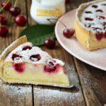 Пирог с творогом и вишней (Тарт с творогом)