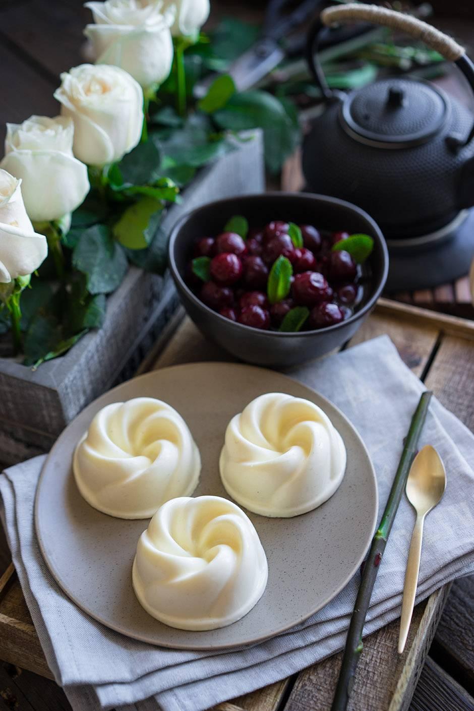 Новая Панна Котта с йогуртом для дам