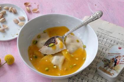 apilsinovyj-sup-s-ravioli