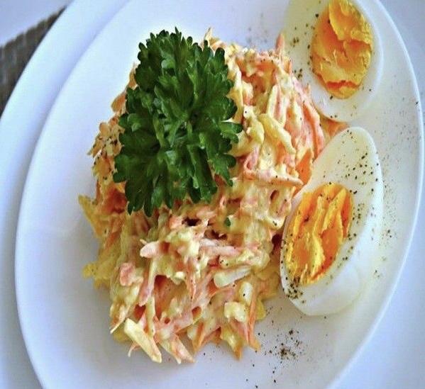 Французский салат с морковью и сыром