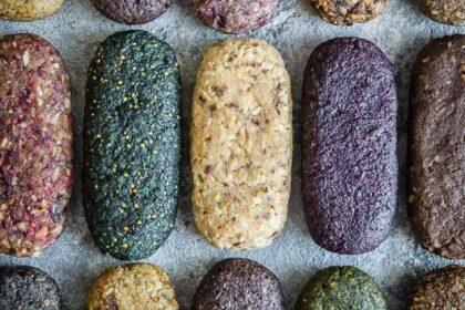 Протеиново-ореховые батончики с сухофруктами