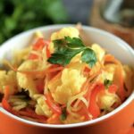 Цветная капуста с редькой и морковью по-корейски