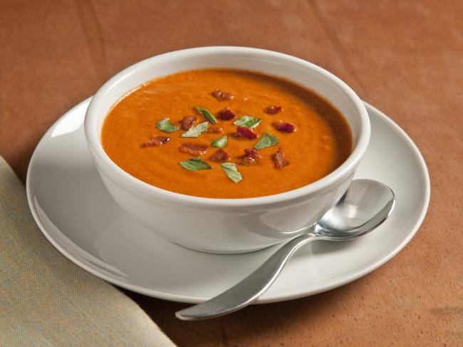 Томатный суп-пюре сзапеченным перцем