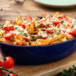 makarony-s-goroshkom-pomidorami-i-kabachkami