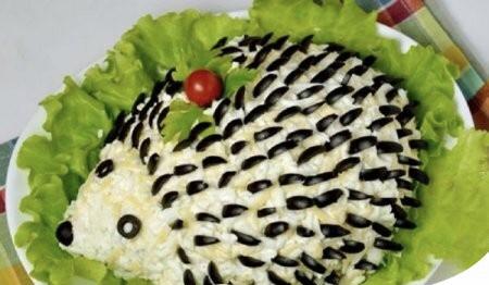 Оригинальный салат «Ёжик», к 1-му сентябрю