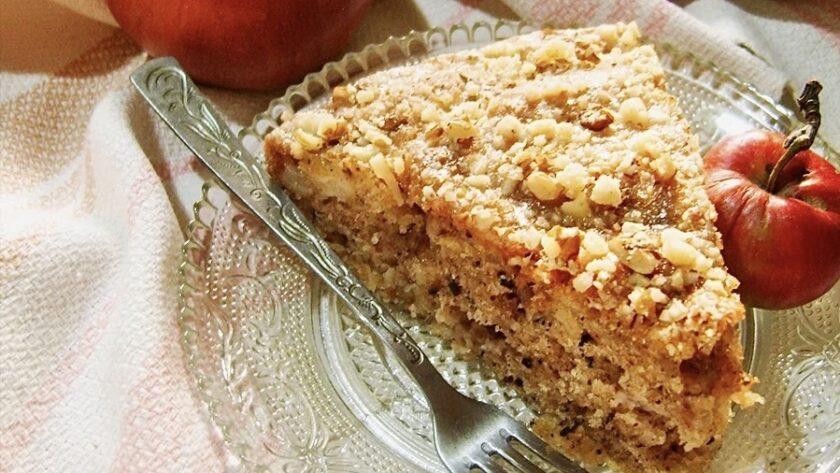 Яблоки + овсяные хлопья: интересный и очень вкусный пирог к чаю. (Делюсь рецептом)