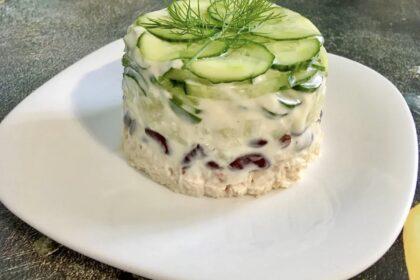 Белковый салат с фасолью